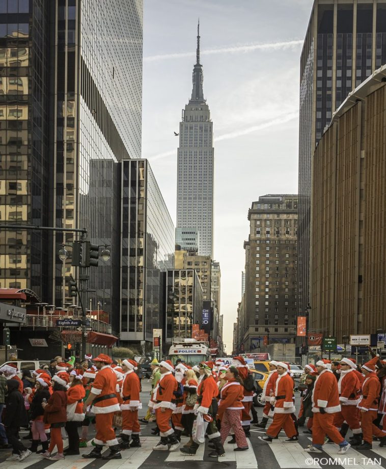 santacon 2016 new york city by Rommel Tan
