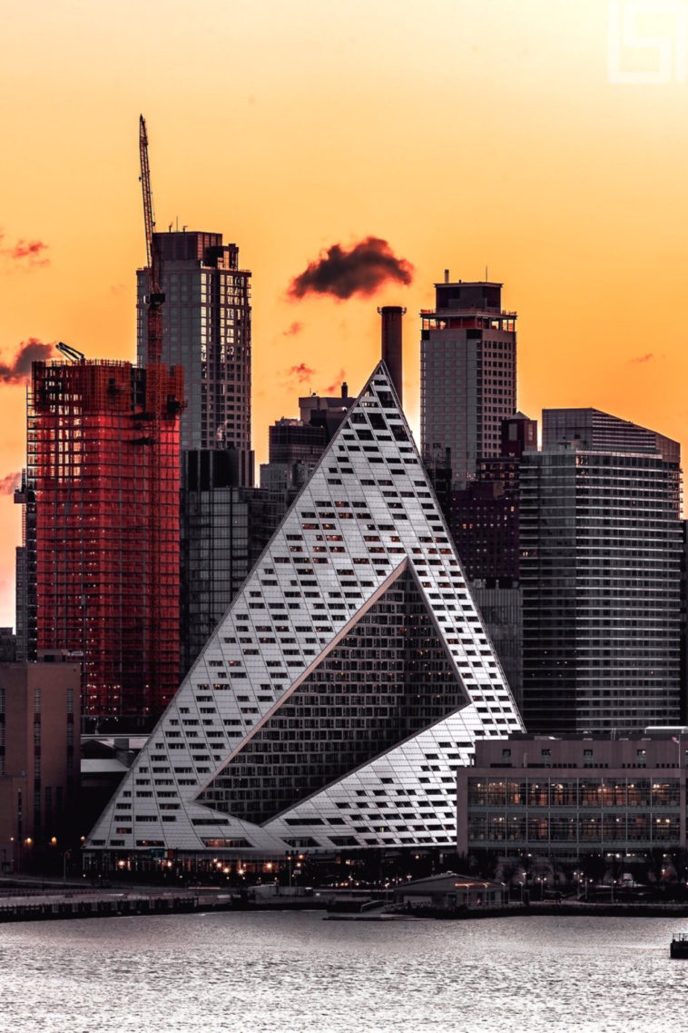 Via 57 West Manhattan A Pyramid On The Hudson