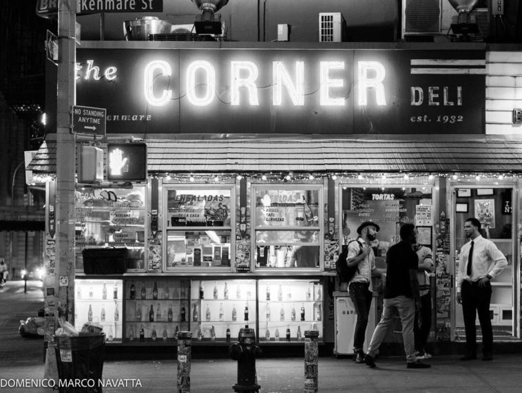 The Corner (la esquina) by @DomenicoMarco